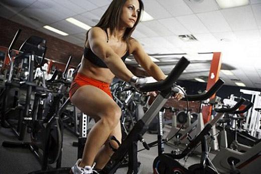 fitness devojka